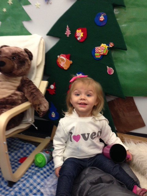 A Toddler-friendly Christmas Tree for DramaticPlay